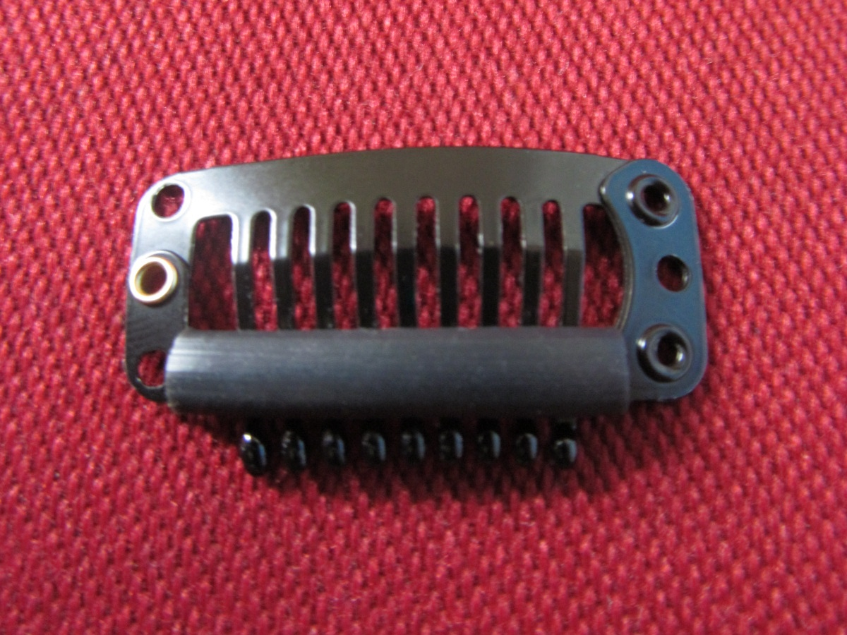 Mini-comb snap clip